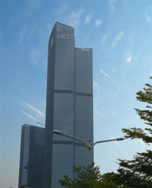 中国移动NEO大厦办公楼装修工程(4800平方米);