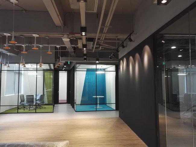 <span>亿磐公司,深圳威新软件园,办公室装修工程监理